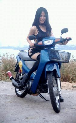 spicy girls motorbike rentals